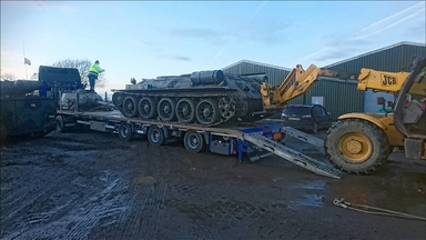 The T34 off to Pastures New!